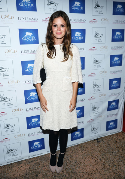 Rachel Bilson complemented her dress with nude ankle-strap platform pumps by ShoeMint.