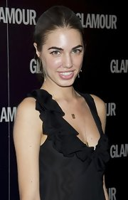 Amber Le Bon wore a pair of gold dangle earrings for the Glamour Magazine event.