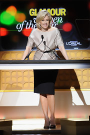 Diane Sawyer looked downright elegant in a gold off-the-shoulder blouse cinched with a bejeweled belt during Glamour's 2011 Women of the Year Awards.