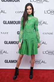 Jacquelyn Jablonski contrasted her ladylike separates with edgy combat boots.
