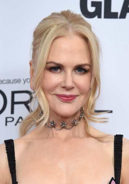 Nicole Kidman went for whimsical styling with a star diamond choker by Fred Leighton.