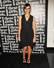 Rashida Jones' studded black heels totally toughened up her prim and proper look.