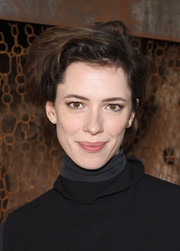 Rebecca Hall sported a just-got-out-of-bed hairstyle during Glamour's Women Rewriting Hollywood lunch.