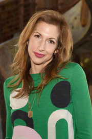 Alysia Reiner sported a loose wavy 'do when she attended Glamour's Women Rewriting Hollywood lunch.