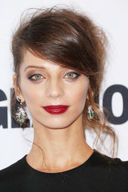 Angela Sarafyan rocked a messy beehive at the Glamour Women of the Year 2016.