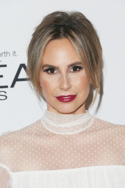 Keltie Knight looked diva-ish with her teased updo at the Glamour Women of the Year 2016.