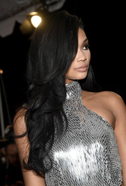 Chanel Iman wore her hair in a gorgeous cascade of waves at the Glamour Women of the Year 2016.
