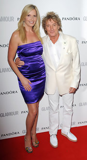 Penny Lancaster showed off her curves with a tube mini dress at the Glamour Women of the Year Awards.