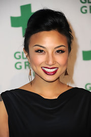 Jeannie Mai wore her hair in an elegant pompadour when she attended Global Green USA's pre-Oscar party.