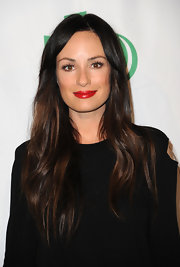 Catt Sadler attended the 9th Annual Global Green USA pre-Oscar party wearing a glossy scarlet lipstick.