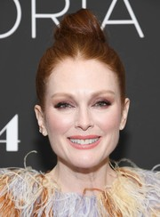 Julianne Moore went edgy with this top knot at the New York screening of 'Gloria Bell.'