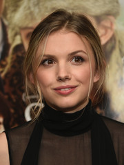 Hannah Murray attended the 'God Help the Girl' screening wearing a casual updo.