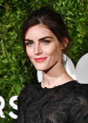Hilary Rhoda sported a casual updo at the God's Love We Deliver, Golden Heart Awards.