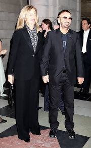 Barbara Bach looked oh-so-chic in a menswear-inspired black pantsuit.