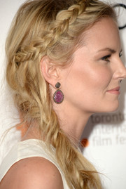 Jennifer Morrison looked enchanting at the 'Gravity' premiere with her dangling amethyst earrings teamed with a lovely braided 'do.