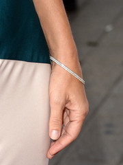 Sandra Bullock's diamond bracelet at the 'Gravity' premiere was so elegant in its simplicity.