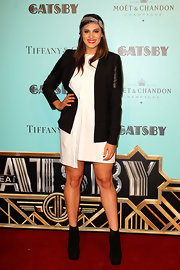 To top off her cool black and white ensemble, Stephanie Rice chose a classic black blazer with leather paneled sleeves.