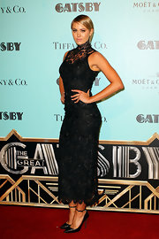 Jesinta Campbell chose this sleeveless, high-neck black lace dress for her romantic red carpet look at the Australian premiere of 'The Great Gatsby.'