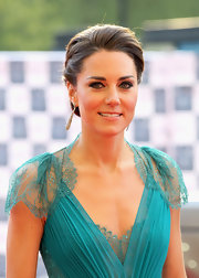 Kate Middleton created a smoky-eyed looks for the BOA Olympic Concert.