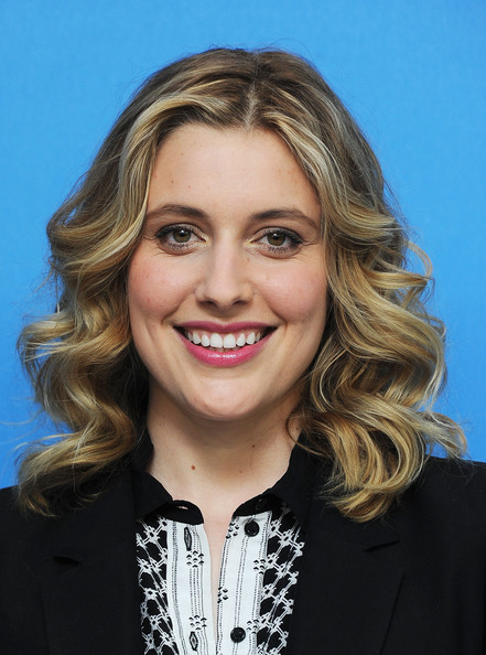Greta Gerwig Medium Curls