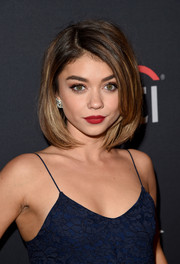 Sarah Hyland rocked a layered bob with side-parted bangs and textured highlights.
