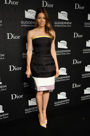 Jessica Biel added an extra dose of color with a pair of pale-pink and yellow Dior pumps.