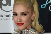 Gwen Stefani Cat Eyes
