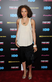 Carmen Ejogo played with proportions when she wore this loose pocket tank.