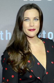 Liv Tyler looked lovely with her flowing waves at the 'Leftovers' season 2 premiere.
