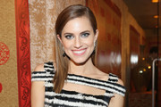 Actress Allison Williams attends HBO's Post 2014 Golden Globe Awards Party held at Circa 55 Restaurant on January 12, 2014 in Los Angeles, California.