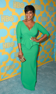 Niecy Nash looked super classy in a green peplum gown during the HBO Golden Globes party.