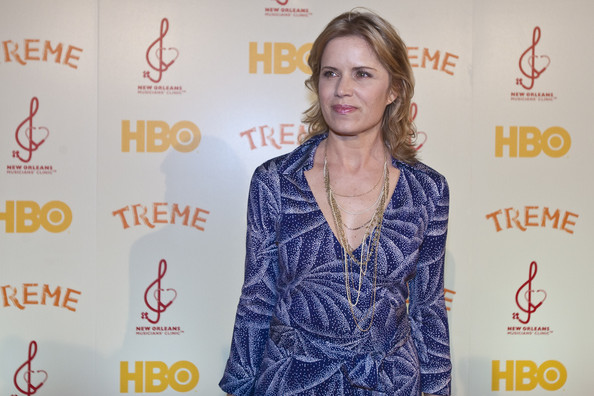 More Pics of Kim Dickens Metallic Purse (1 of 4) - Metallic Purse Lookbook - StyleBistro