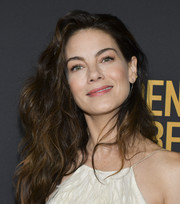 Michelle Monaghan rocked a teased wavy 'do at the HFPA and THR Golden Globe Ambassador party.