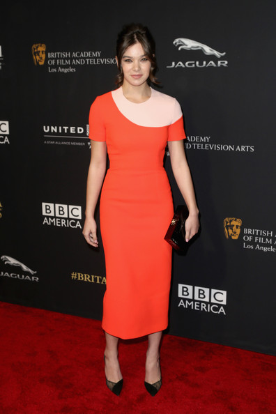 Hailee Steinfeld Form-Fitting Dress [clothing,dress,red carpet,shoulder,cocktail dress,carpet,premiere,fashion model,joint,fashion,arrivals,hailee steinfeld,jaguar britannia awards,los angeles,the beverly hilton hotel,beverly hills,california,bafta,united airlines,bbc america]