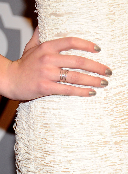 Hailee Steinfeld Metallic Nail Polish [dress,nail,ring,wedding ceremony supply,finger,hand,wedding ring,gown,wedding dress,engagement ring,arrivals,hailee steinfeld,hotel,beverly hills,california,instyle,warner brothers,golden globes party,post-party,warner bros. 68th annual golden globe awards]