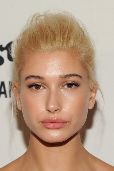 Hailey Bieber Pompadour [photograph,hair,face,eyebrow,hairstyle,forehead,chin,lip,blond,skin,cheek,arrivals,hailey baldwain,daily front row second annual fashion media awards,the daily front row second annual fashion media awards,fashion,hair,celebrity,beauty,new york,hailey rhode bieber,model,new york,new york fashion week,celebrity,fashion,photograph,beauty,vogue]