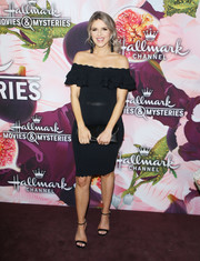 Ali Fedotowsky showed off her sweet pregnancy style with this ruffled off-the-shoulder LBD at the Hallmark Channel Winter TCA Press Tour.