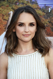Rachael Leigh Cook looked oh-so-pretty with her windswept waves at the Hallmark Channel Summer TCA Press Tour.