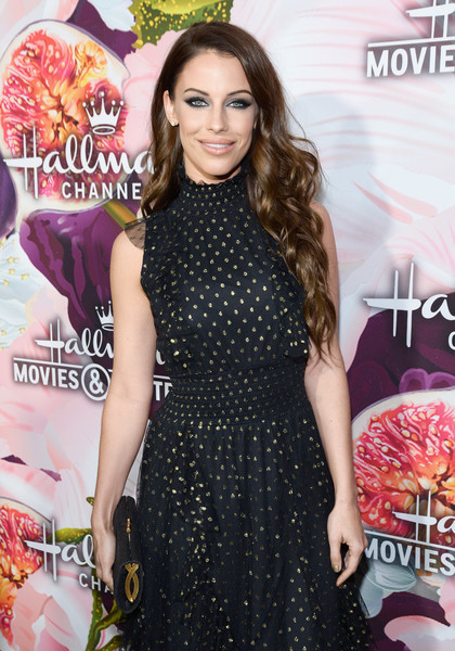 More Pics of Jessica Lowndes Print Dress (1 of 3) - Jessica Lowndes Lookbook - StyleBistro