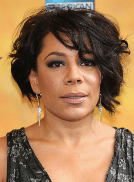 Selenis Leyva went edgy-glam with this messy bob at the Broadway opening of 'Hamilton.'