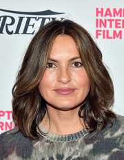 Mariska Hargitay styled her hair with feathery waves for the Hamptons International Film Festival.