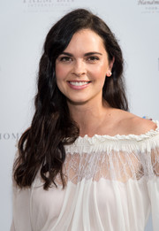 Katie Lee looked youthful and pretty with her long wavy 'do during her Hamptons Magazine cover celebration.
