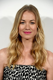 Yvonne Strahovski was a boho beauty with her long center-parted waves at the Tribeca Film Fest premiere of 'The Handmaid's Tale.'