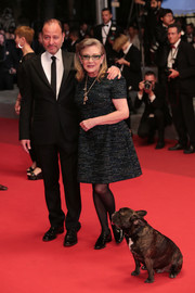 Carrie Fisher kept it classic in a tweed LBD at the Cannes premiere of 'The Handmaiden.'