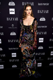 Lindsey Wixson looked like a walking work of art in an elaborately embroidered gown by Alexander McQueen during the Harper's Bazaar Icons event.