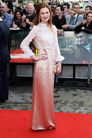 Bonnie wears a vintage inspired gown with a silk skirt and a ruffled blouse for the UK 'Harry Potter' premiere.