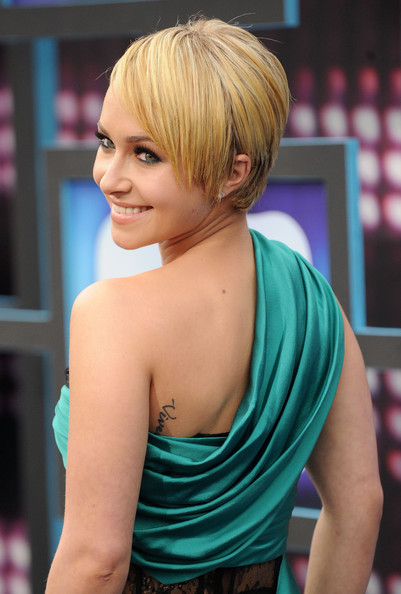 hairstyles for short straight hair. Hayden Panettiere Hair
