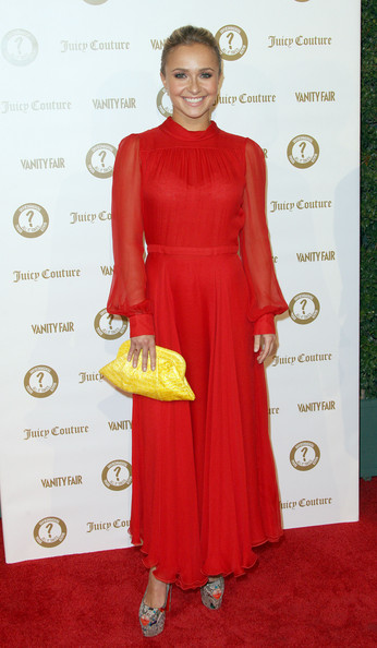 Hayden Panettiere Clamshell Clutch [clothing,dress,red carpet,red,carpet,shoulder,fashion,fashion model,cocktail dress,formal wear,hayden panettiere,juicy couture ``vanities,california,hollywood,vanity fair,siren studios]