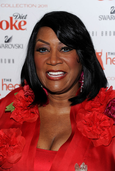 Patti LaBelle framed her face with shoulder length locks and wispy side bangs.