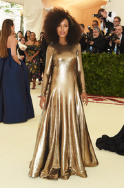 Kerry Washington glimmered in a fully sequined gold gown by Ralph Lauren at the 2018 Met Gala.